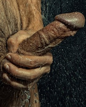 Big dick in shower drops and jets